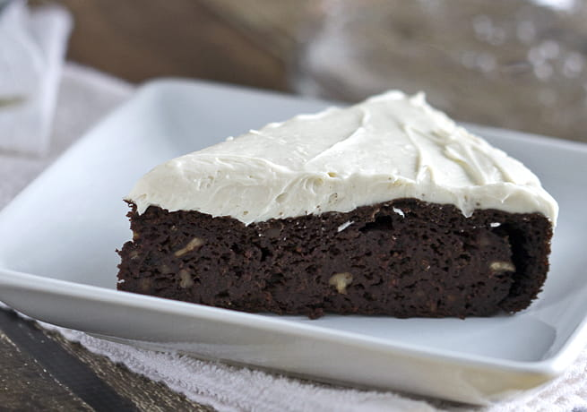 Chocolate Beetroot Cake with Maple Cream Cheese Frosting