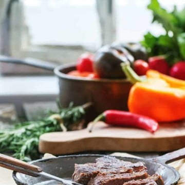 How to Start a Ketogenic Diet - Simplified: Easy to understand primer and information for how to start a ketogenic diet. Learn the difference between low carb & keto and tips for how get started!