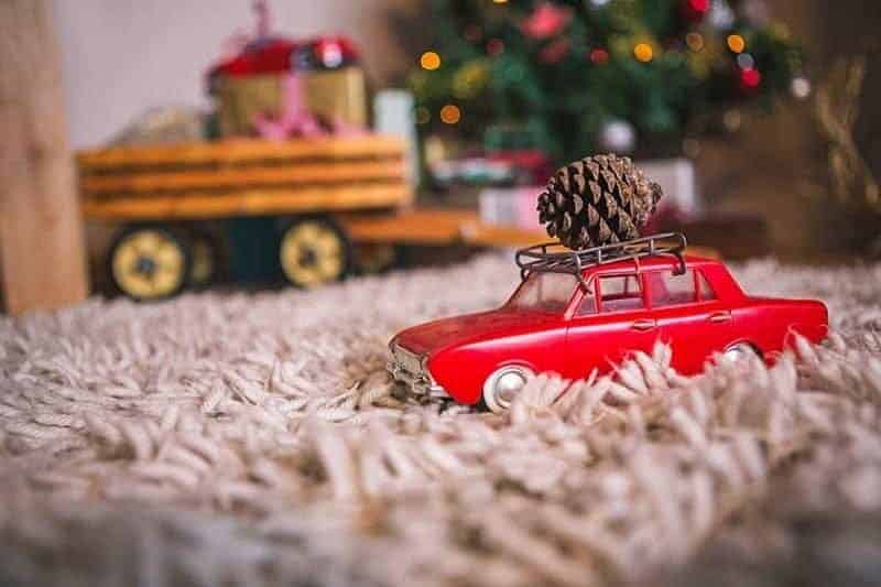 Rugs are more than soft things that cover the floor. You can use rugs for holiday decor with these cozy home decorating ideas using rugs.