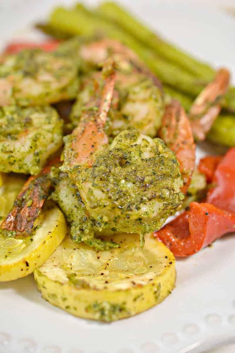 Close up view of the gorgeous pesto keto shrimp!