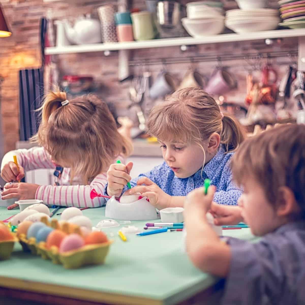 kids making art and crafts